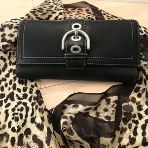 Coach Ladies Trifold Wallet in Black